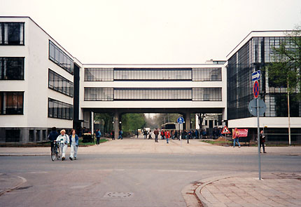 bauhaus building and master houses dessau by walter gropius