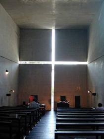 church%20of%20light-interior-chapel.jpg