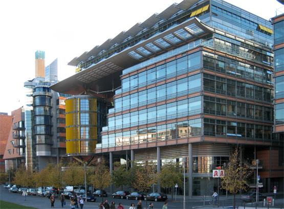 Entschwindet und vergeht 39 british 39 high tech for Architecture high tech