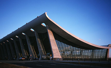 Dulles International Airport Virginia By Eero Saarinen
