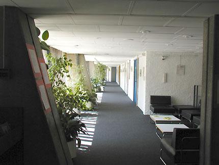 http://www.galinsky.com/buildings/firminy/firminy4.jpg